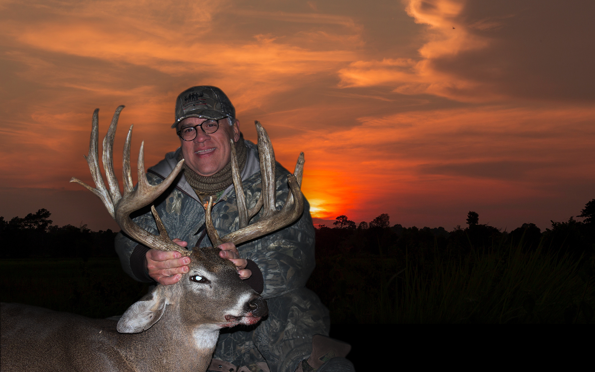 Hunt any Trophy Whitetail up to 200″ ONLY $6,500 per Hunter
